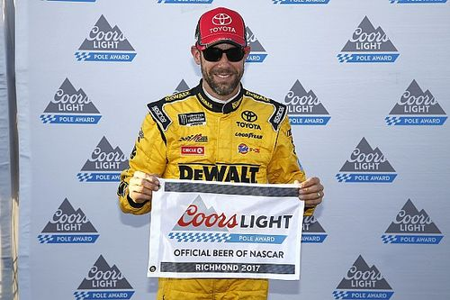 Kenseth scores 20th career pole in JGR front row lockout at Richmond