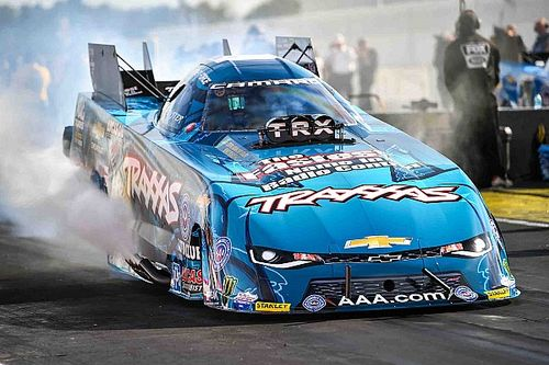 C. Force wins Funny Car portion of NHRA Traxxas Nitro Shootout