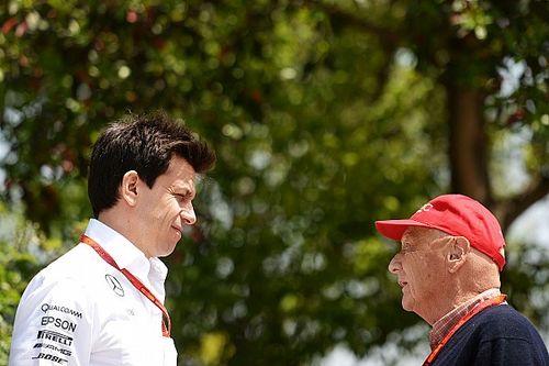 """Lauda, il ricordo di Wolff: """"Niki insostituibile. Un privilegio chiamarti presidente e amico"""""""