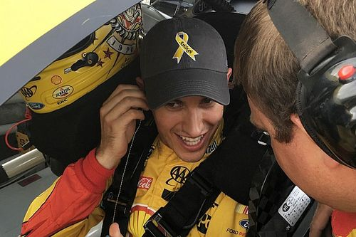Cancer sufferer checks off bucket list item, thanks to Joey Logano