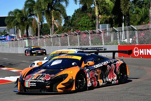 Townsville Australian GT: Quinn cruises to Race 1 win