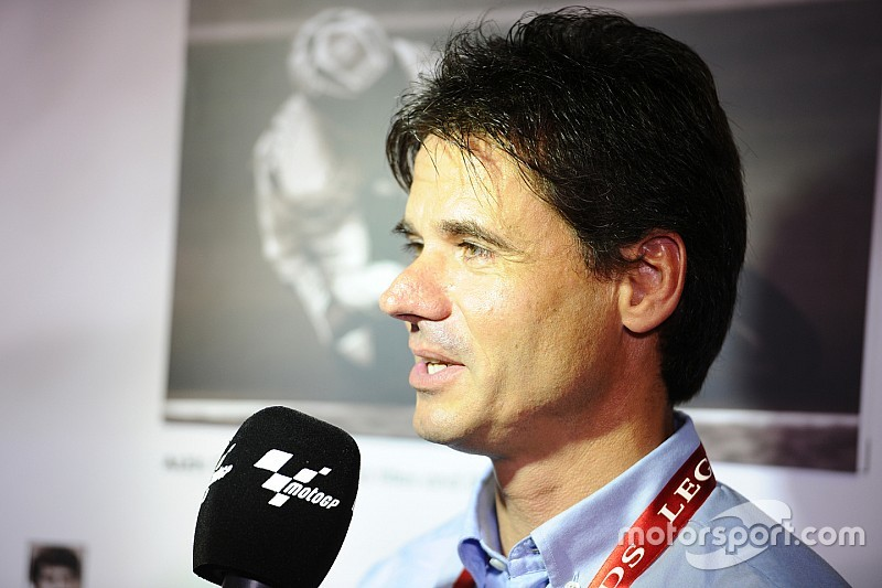 """Crivillé: """"Márquez puede alcanzar a Rossi y soñar con los 15 títulos de Agostini"""""""