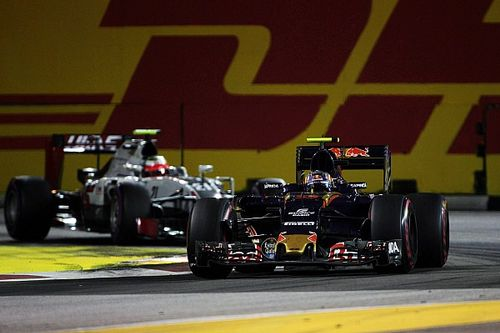 "Sainz: Singapore a ""big opportunity"" missed"