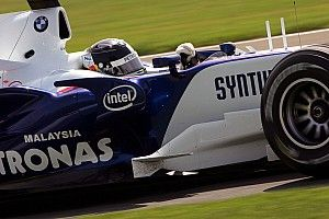 Ma 13 éve, hogy Vettel bemutatkozhatott a Forma-1-ben (galériával)
