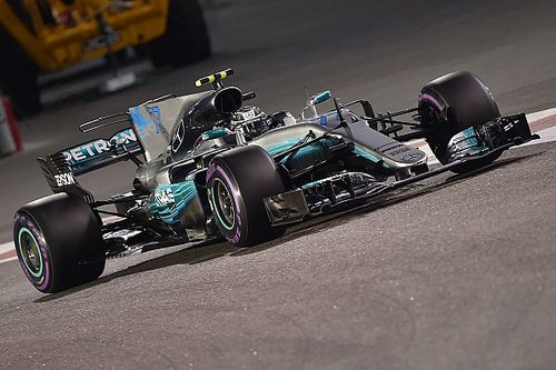 GP di Abu Dhabi: Bottas nella doppietta Mercedes, Vettel terzo staccato