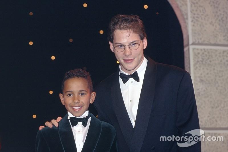 """Hamilton rechaça críticas de Villeneuve: """"não considero as opiniões desse indivíduo"""""""