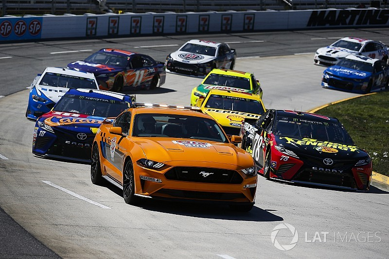 Mustang S Global Popularity Fueled Ford S Change In Nascar Cup Series
