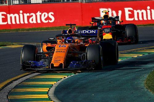 Alonso, Verstappen'in kendisini kandırmaya çalıştığını düşünmüş