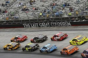 Kyle Larson ends up second (again) to Kyle Busch at Bristol