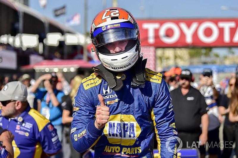 Росси переиграл гонщиков Penske и взял поул в Лонг-Бич