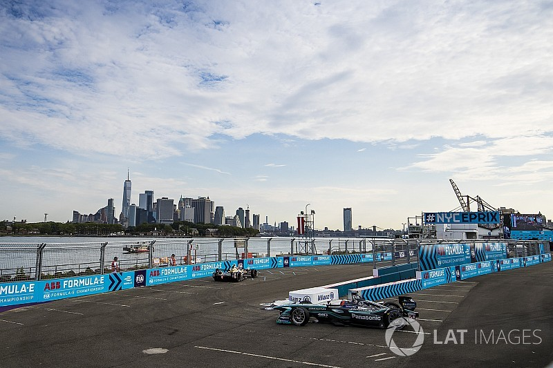 New York ePrix: Evans leads FP2 for Jaguar
