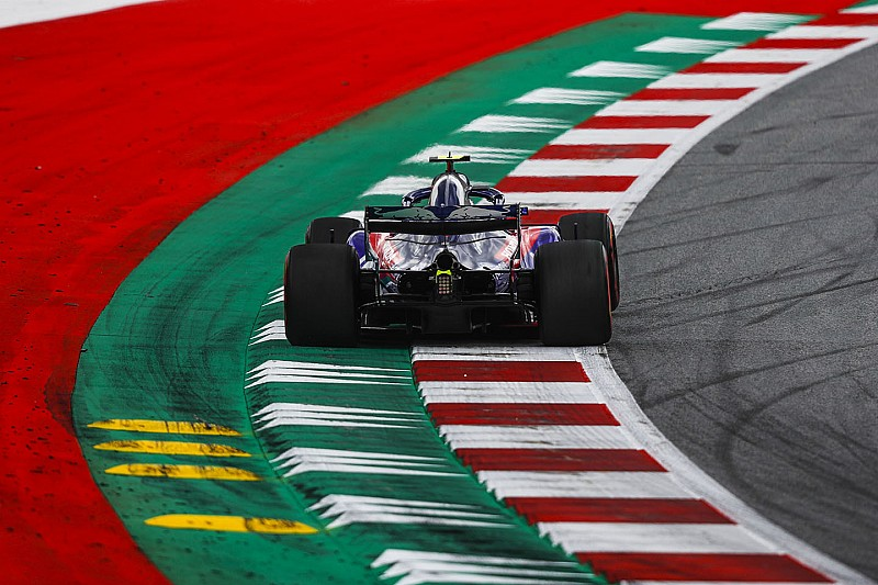 オーストリアFP2速報:メルセデス再び1ー2。ガスリーはトラブルも9番手