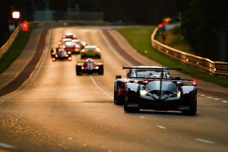 Le Mans-i 24 óra: rengeteg kép a helyszínről, újra Alonsóék az élen