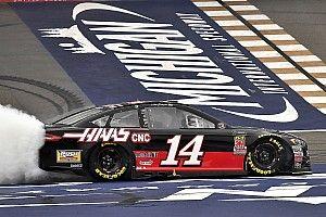 NASCAR: Michigan-Sieg für Bowyer nach Verzögerung und Abbruch