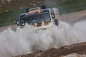 Гонщики на КамАЗах выиграли третий этап «Шелкового пути», Карякин стал быстрейшим в классе UTV