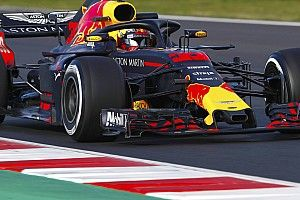 Verstappen believes Renault, McLaren no threat to Red Bull