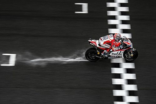 Malaysian MotoGP: Dovizioso tops wet FP2 from Marquez