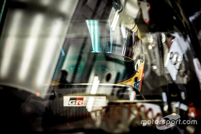 """بالفيديو: فرناندو ألونسو يعلّق على قيادة """"مركبة تويوتا الصاروخية"""" في التجارب"""