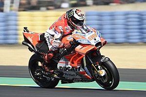 Лоренсо пожаловался на неудобное расположение бака Ducati