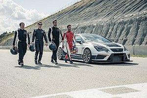 VÍDEO: Lorenzo e Dovizioso pilotam Cupra TCR em Castellolí