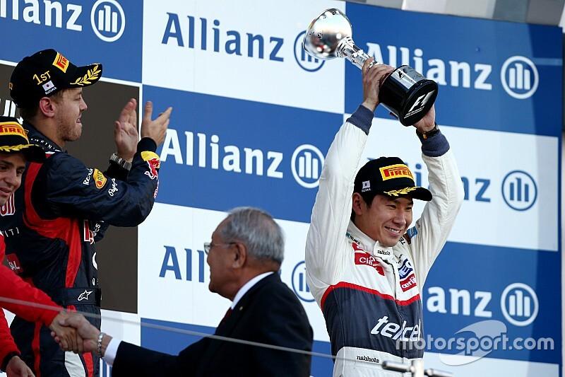 Egy hihetetlen nap az F1-ben: Kobayashi dobogón, Japában (videó)