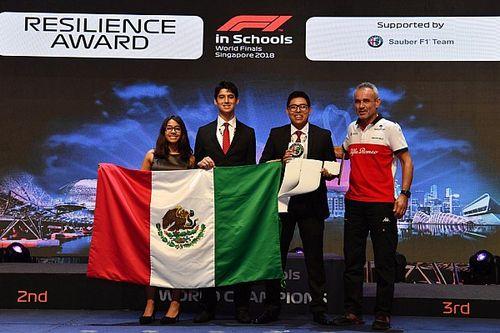 """Jóvenes mexicanos ganan premios en competencia de """"F1 in Schools"""""""