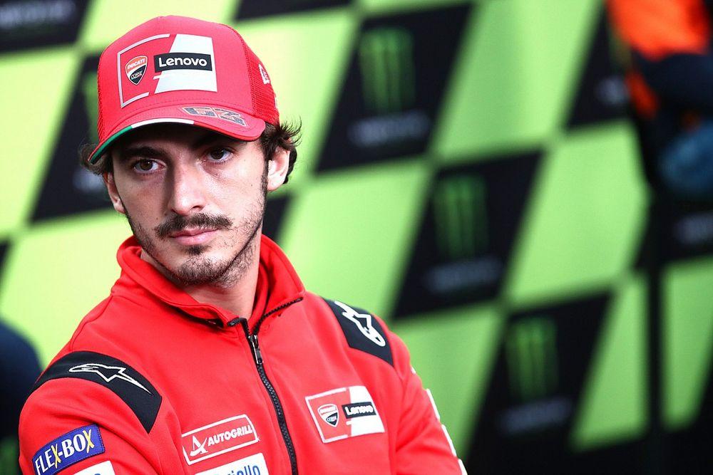 """Bagnaia: """"Gomma non buona a Silverstone, ma Michelin fa il possibile"""""""