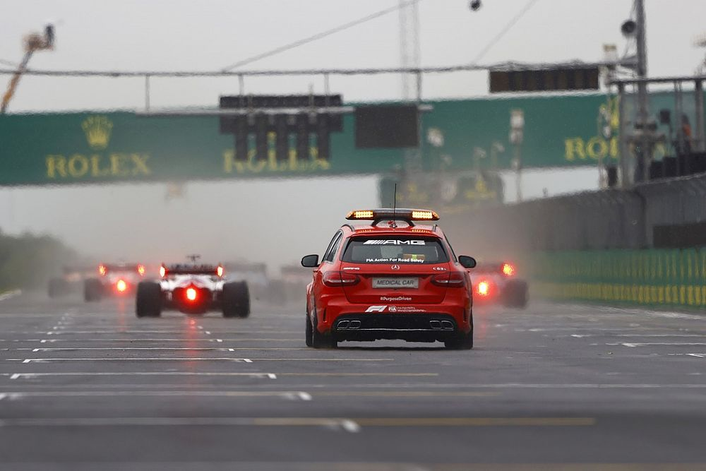 FIA vervangt personeel op medical car na positieve coronatests