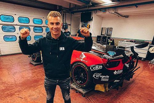 Basz w Ferrari