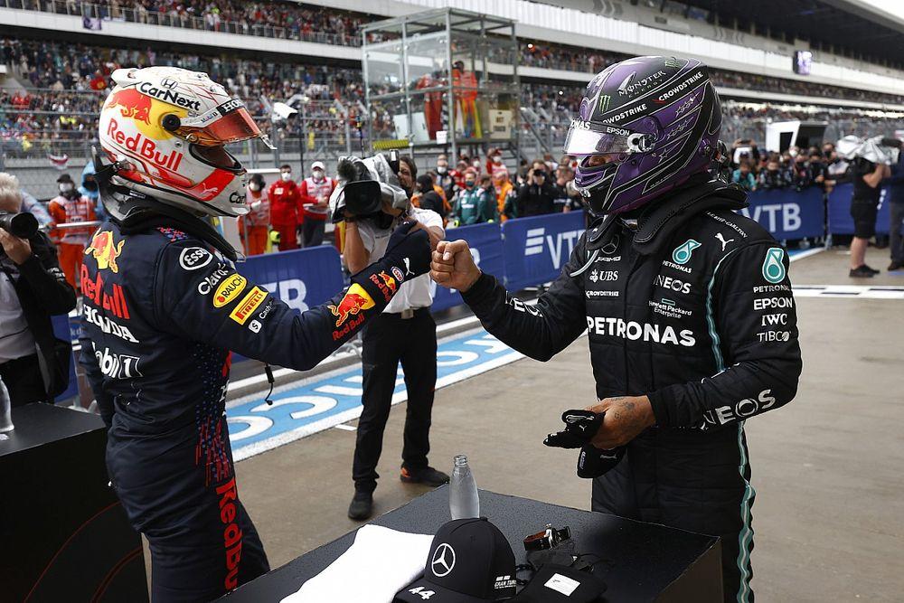 Mercedes: la quota 100 di Hamilton rende... felice la Red Bull