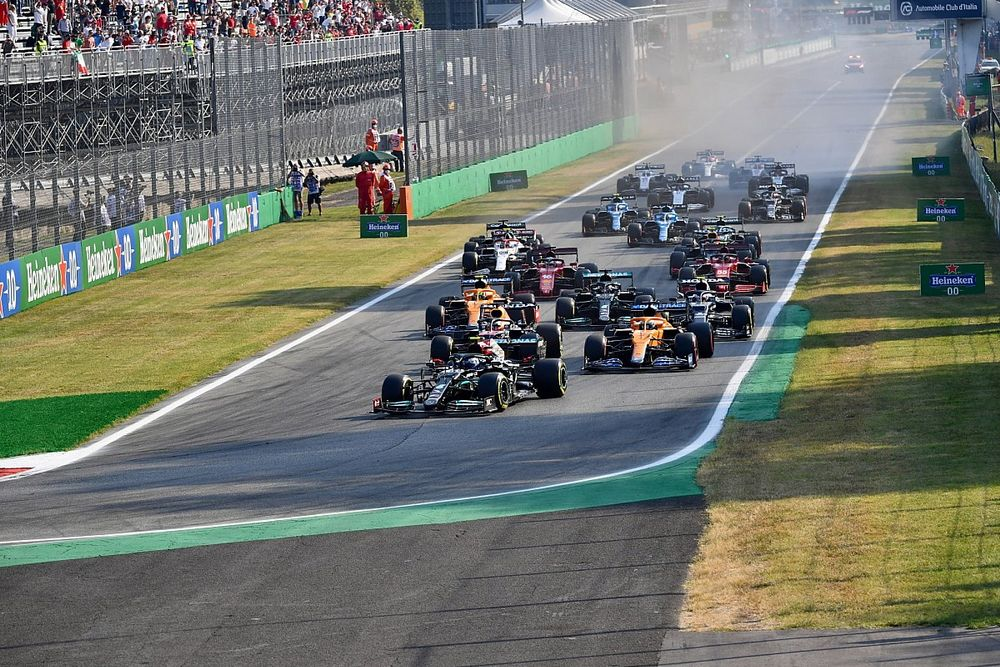 Wolff: F1 cannot 'freestyle' format changes with 'confused' ideas