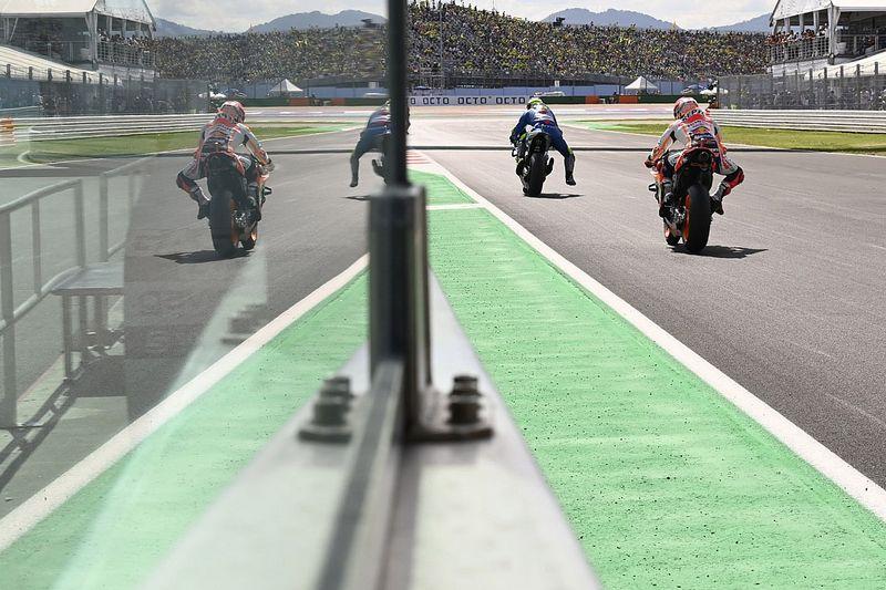 "MotoGP - Dovizioso acredita que Márquez siga mal fisicamente e elogia rival: ""O que está fazendo é insano"""