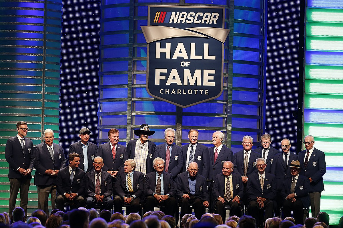 NASCAR Hall of Fame induction ceremony postponed to 2022