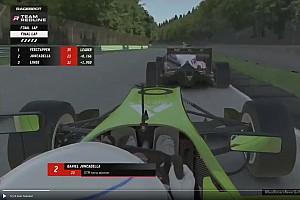 Videón Verstappen és Juncadella drámai ütközése az utolsó körben