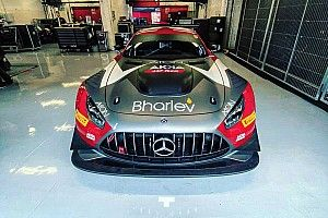 Alex Fontana al via del GT World con la Mercedes di AKKA