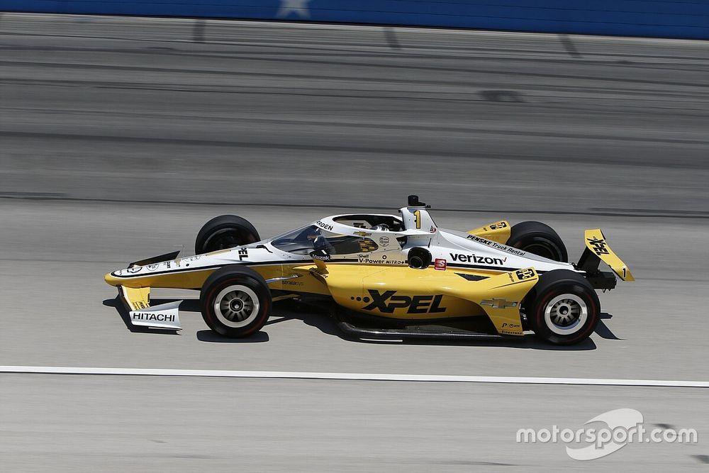 Texas IndyCar: Newgarden beats Dixon to pole, Sato crashes