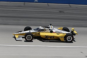 Texas IndyCar: Newgarden beats Dixon to pole, Sato crashes