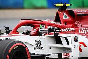 Mélyrepülésben az Alfa Romeo, Räikkönen is tehetetlen