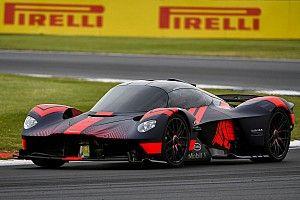 Video: Aston Martin test de Valkyrie op Silverstone