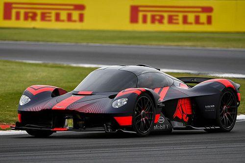 Video: Aston Martin Valkyrie draait eerste ronden op Silverstone