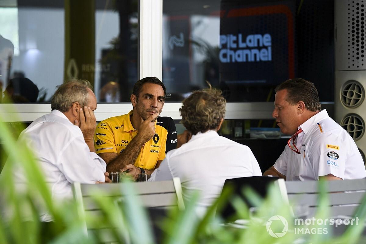 """Renault : """"Etre une écurie complète"""" sans client moteur F1"""