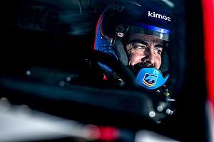 Coma pilotem Alonso