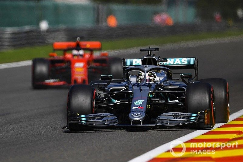 """Hamilton: Situación de tráfico """"peligrosa"""" en la calificación en Spa"""