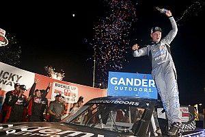 Tyler Ankrum takes Kentucky Truck win as Moffitt runs out of gas