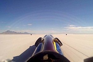Video: Turbinator II rijdt meer dan 800 kilometer per uur