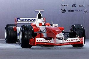 Egy nagy reményekkel indult sztori kezdete: a 2002-es Toyota