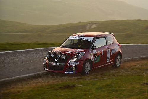 Suzuki Rally Trophy, PS10: Martinelli rallenta e Cogni conduce il monomarca