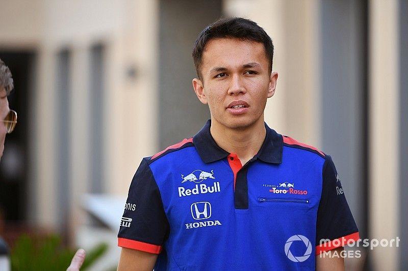 Albon casi deja de correr en 2012 tras su salida de Red Bull