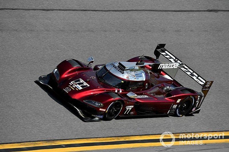 24 uur Daytona: Jarvis met ronderecord op pole