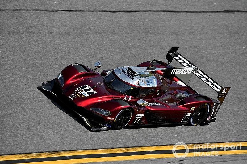 Rolex 24: Jarvis and Mazda beat Acuras to pole